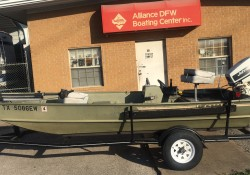 93 LOWE 1648  SEVEN DEGREE BOW OPEN FISHING BOAT